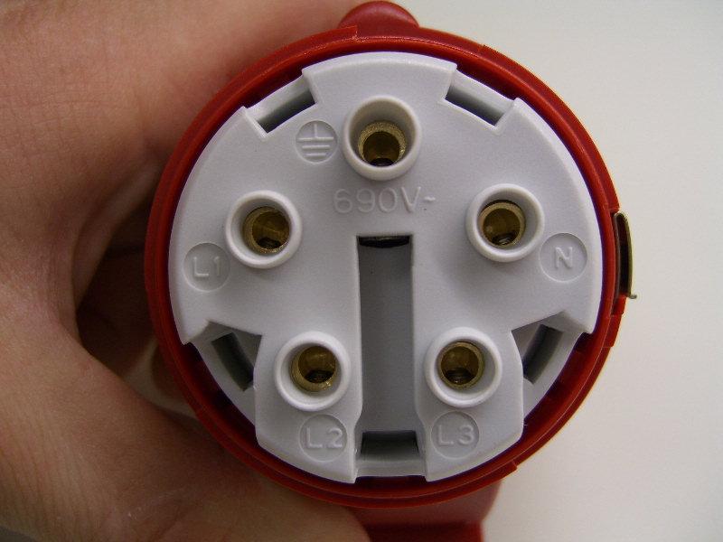Turbo CEE Stecker und Kupplung anschliessen - Elektricks.com GZ95