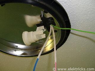 Lampe in der Dusche installieren 014