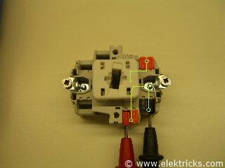 Schalter oder Taster 012