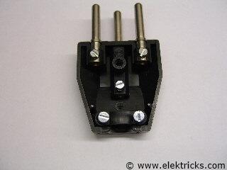 elektrostecker anschliessen 002